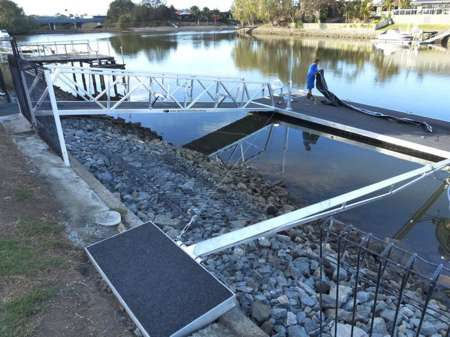strut pontoon for sale