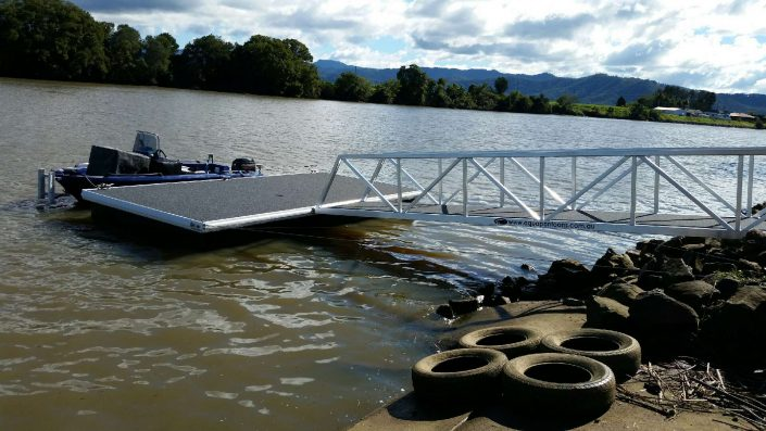 aqua pontoons light weight series